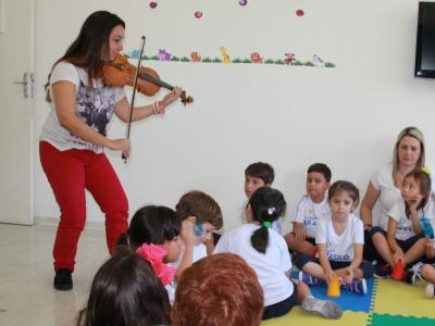Musicalização estimula desenvolvimento infantil