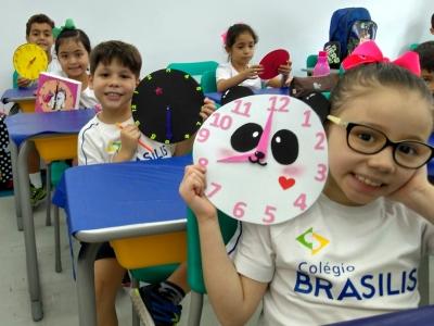 Inglês Avançado usa atividades lúdicas e de sensibilização para ensinar