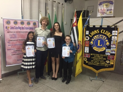 Alunos do Brasilis vencem concurso do Lions Club