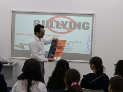 Alunos participam de palestra antibullying da OAB de Mogi das Cruzes