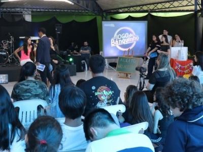 Brasilis Show traz música e entretenimento para os alunos