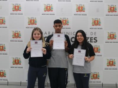 Alunos do Colégio Brasilis participam do Parlamento Estudantil 2019