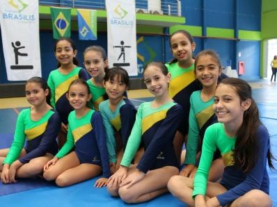Brasilis realiza apresentação da ginástica artística